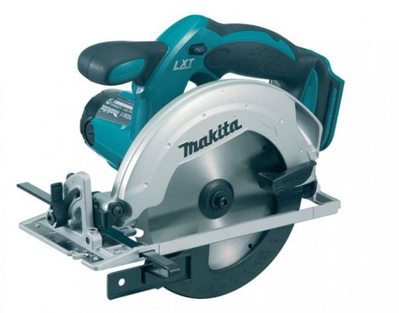 MAKITA DSS611Z 18V LXT CORDLESS CIRCULAR SAW  BODY ONLY