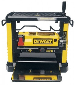DEWALT  DW733   240VOLT  PORTABLE THICKNESSER 1800W